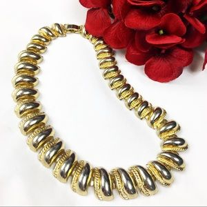Vintage Jewelry - Vintage Gold Tone Choker Necklace